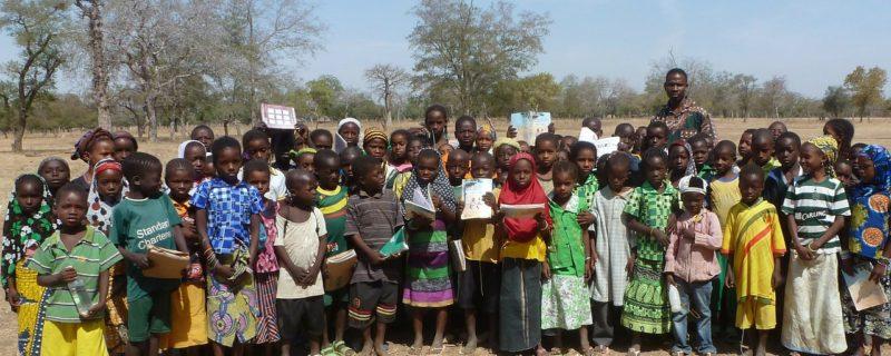 آج کے جدید دور میں بھی لاکھوں بچے بنیادی تعلیم سے محروم 5