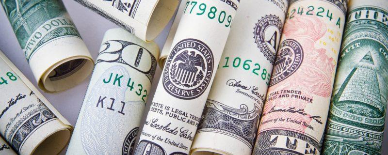 ڈالر کی قیمتوں میں کمی متوقع 7