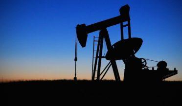 اوپیک تیل کی قیمتوں میں اضافے کی ایک اور کوشش کرے گی 9