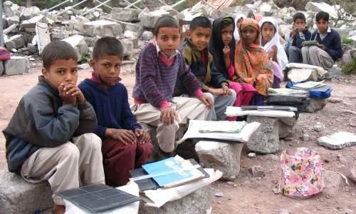 گاؤں کے سکول کا بدنصیب ٹیچر 2