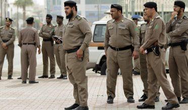 ریاض: سعودی فرمانروا شاہ سلمان کے بھائی سمیت شاہی خاندان کے تین سینئر افراد کو حراست میں لے لیا گیا۔
